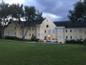 Lakeside Inn - Mt Dora, FL